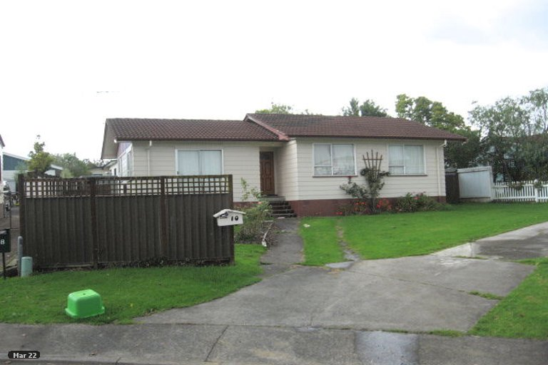 Property photo for 10 Tyndrum Place, Highland Park, Auckland, 2010