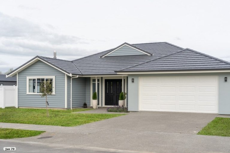 Photo of property in 28 Westwood Avenue, Greytown, 5712