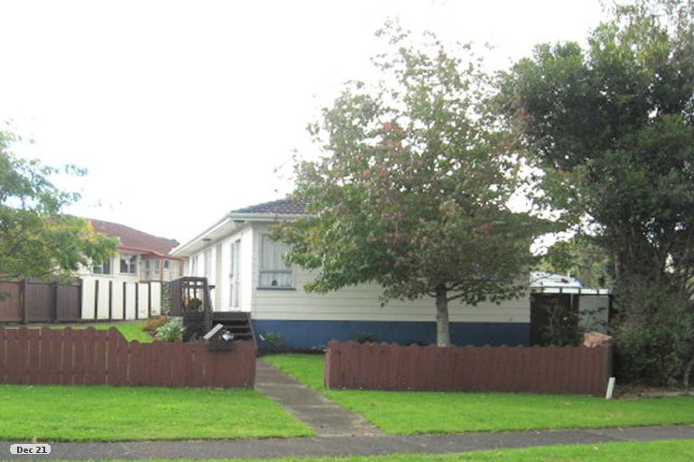 Property photo for 6 Tyndrum Place, Highland Park, Auckland, 2010