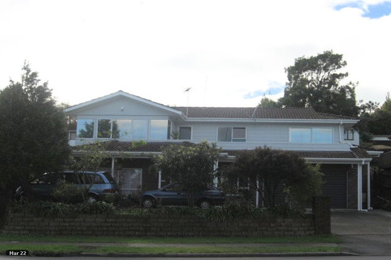Property photo for 154 Aviemore Drive, Highland Park, Auckland, 2010