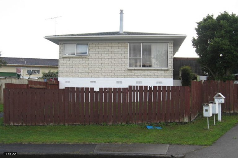 Property photo for 2/24 Ballater Place, Highland Park, Auckland, 2010