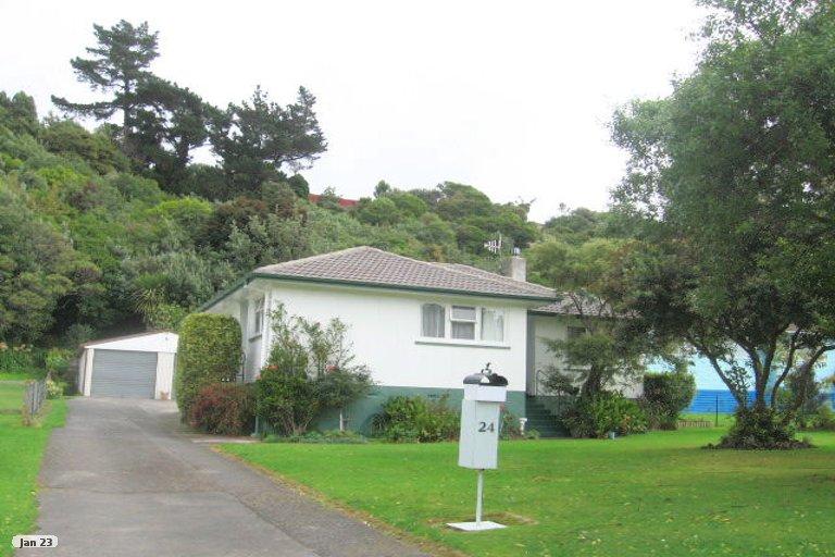 Photo of property in 24 Passive Grove, Ascot Park, Porirua, 5024