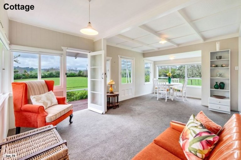 Property photo for 1559 Kahikatea Flat Road, Kaukapakapa, 0871