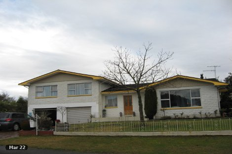 Photo of property in 9 Feary Crescent Takaka Tasman District