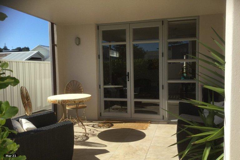 Photo of property in 35B Waghorne Street, Ahuriri, Napier, 4110