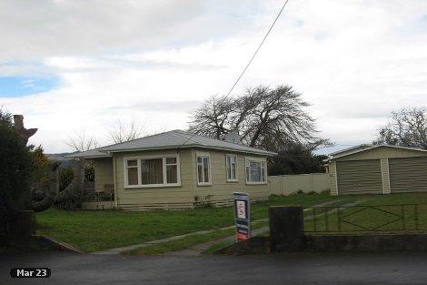 Photo of property in 4 Edinburgh Street Takaka Tasman District