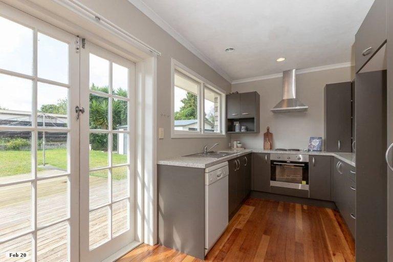 Property photo for 17 Manapouri Place, Glenview, Hamilton, 3206