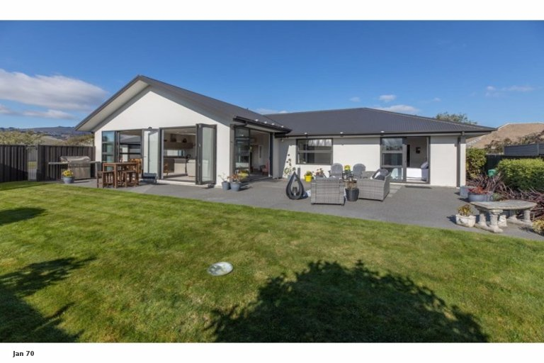 Property photo for 5 Kestrel Place, Woolston, Christchurch, 8023