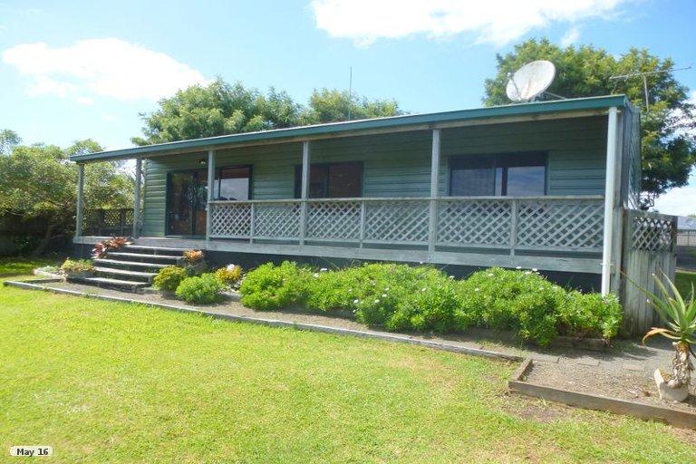 Photo of property in 65 Takahe Road, Ahipara, Kaitaia, 0481