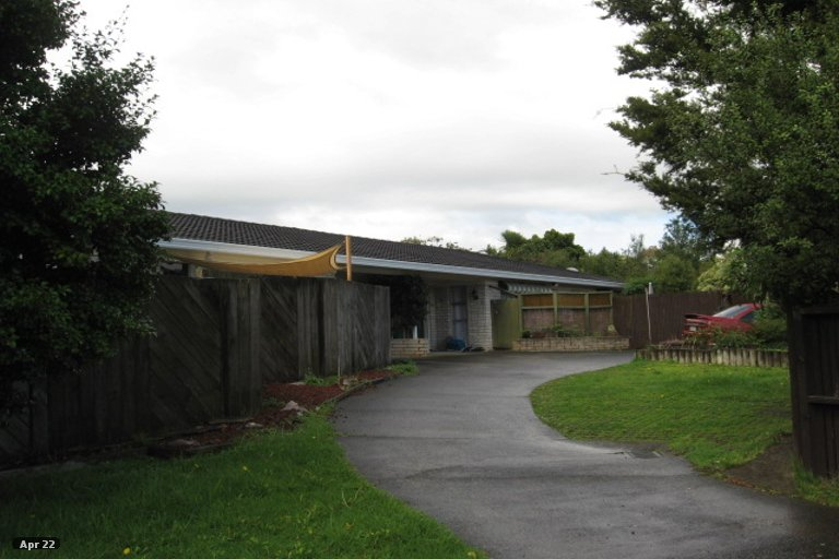 Property photo for 2/34 Ballater Place, Highland Park, Auckland, 2010