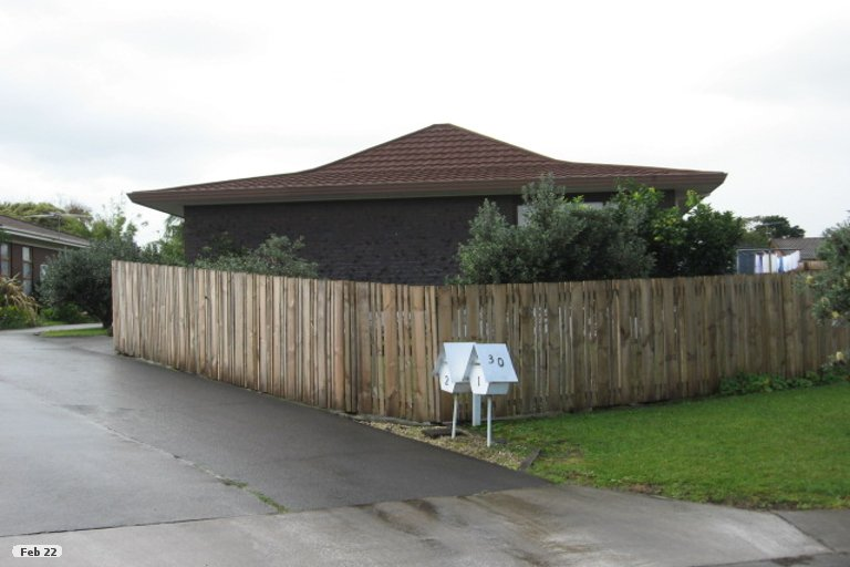 Property photo for 2/30 Ballater Place, Highland Park, Auckland, 2010