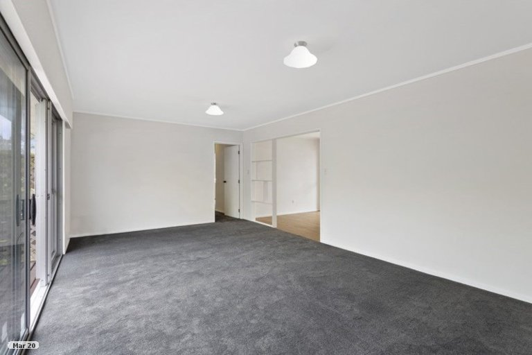 Property photo for 1/30 Hiwihau Place, Glenfield, Auckland, 0629