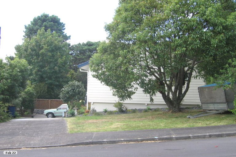 Property photo for 18 Randal Place, Bayview, Auckland, 0629