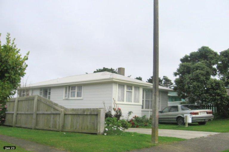 Photo of property in 45 Beauzami Crescent, Ascot Park, Porirua, 5024