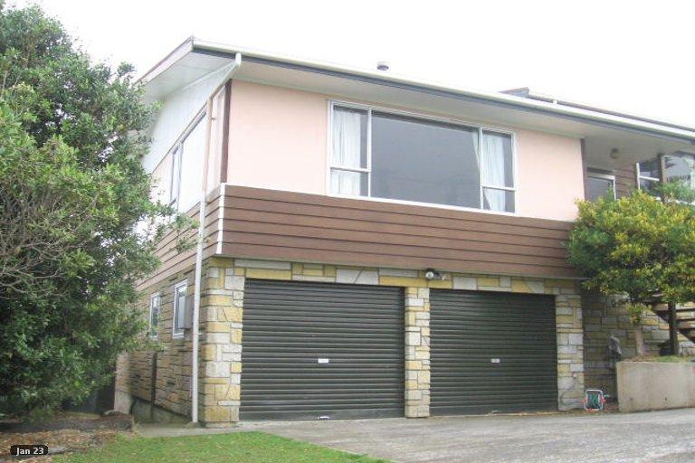 Photo of property in 2 Idaho Place, Ascot Park, Porirua, 5024