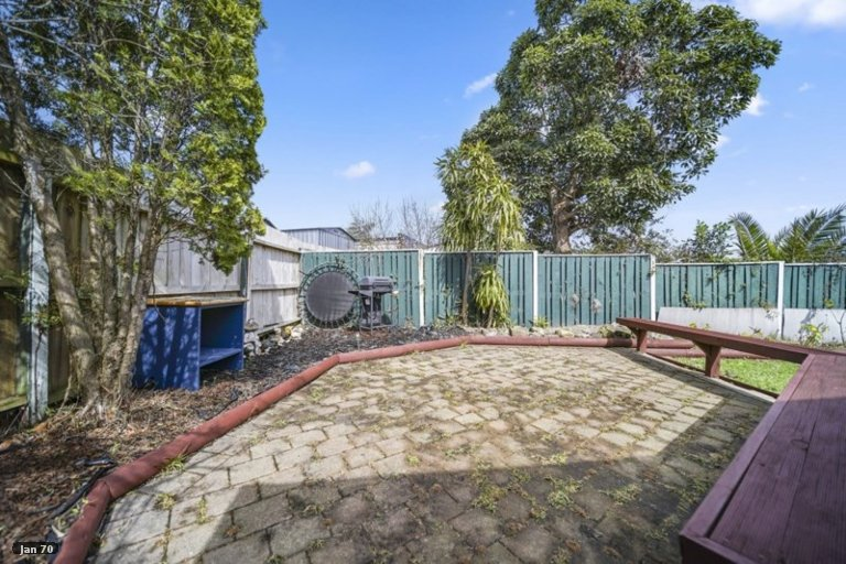 Property photo for 2/1 Susanne Place, Pakuranga, Auckland, 2010