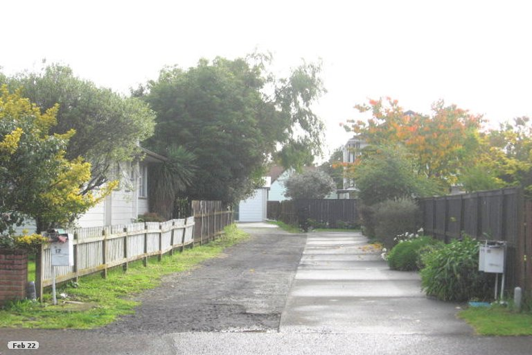 Property photo for 1/15 Glennandrew Drive, Half Moon Bay, Auckland, 2012