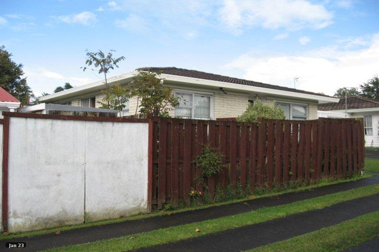 Property photo for 1/7 Cairngorm Place, Highland Park, Auckland, 2010