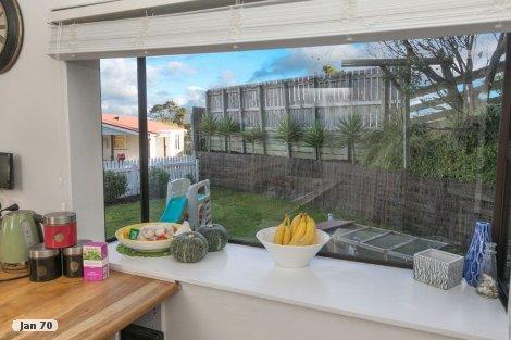 Photo of property in 7 Sombrero View Ascot Park Porirua City