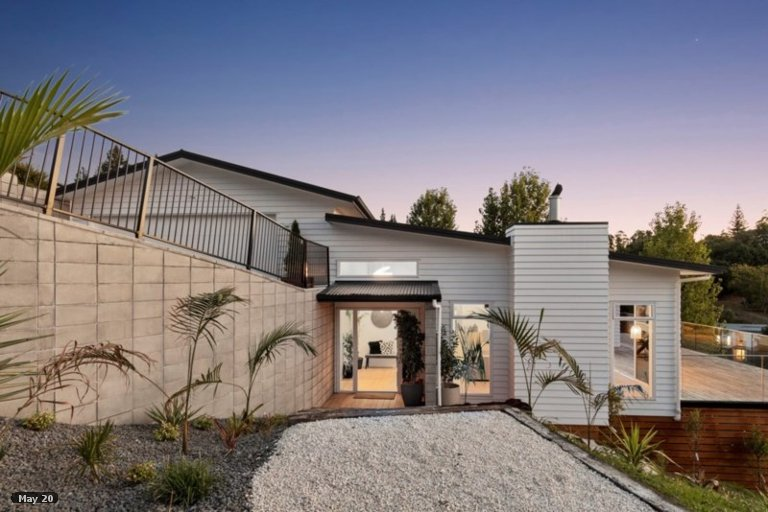 Property photo for 6 Flight Valley Way, Welcome Bay, Tauranga, 3175