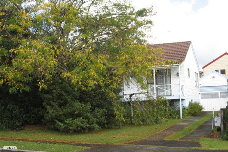 Property photo for 17 Cairngorm Place, Highland Park, Auckland, 2010