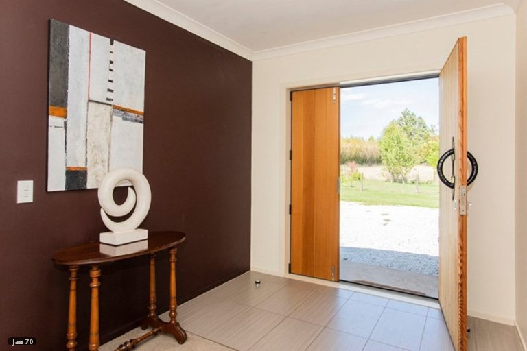 Photo of property in 32 Glenelg Road, Makauri, Gisborne, 4071