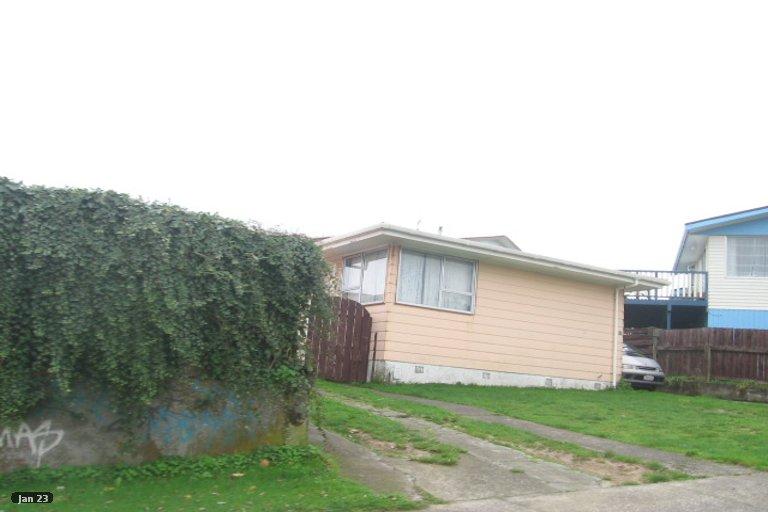 Photo of property in 86 Conclusion Street, Ascot Park, Porirua, 5024